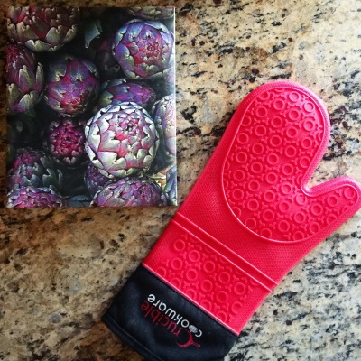 chantal boyajian oven glove giveaway