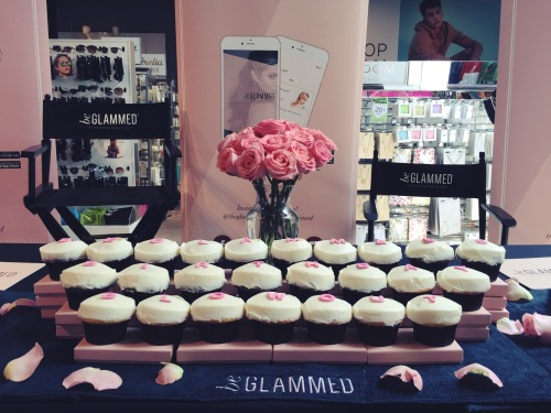 stylecon x topshop the grove hello summer be glammed cupcakes
