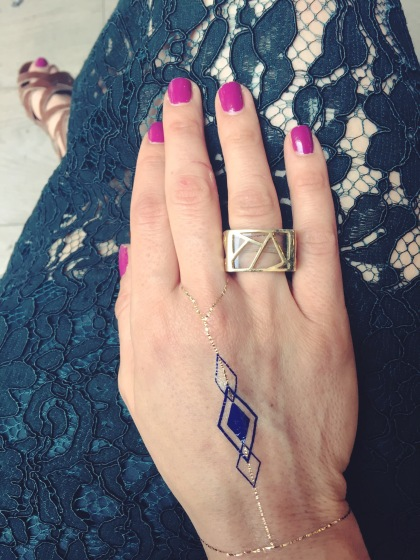 stylecon x topshop the grove hello summer boyajian trend gallery square ring jewelry boutique